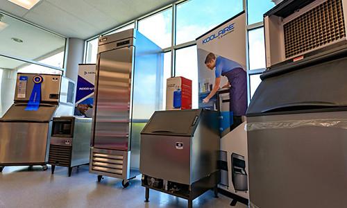baker distributing ice design centers