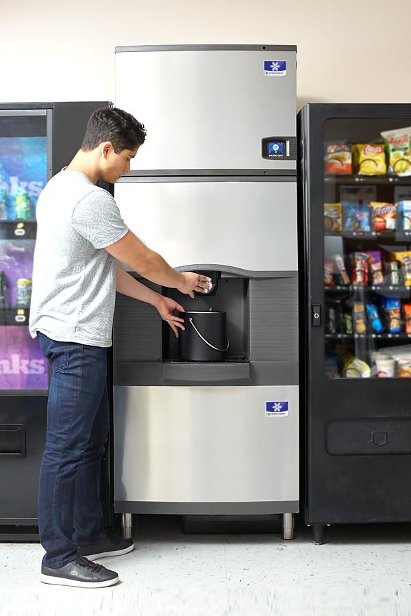 manitowoc ice hotel ice dispensers cubed ice