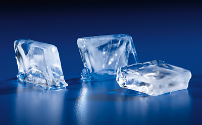 manitowoc ice hotel ice dispenser half dice ice cubes